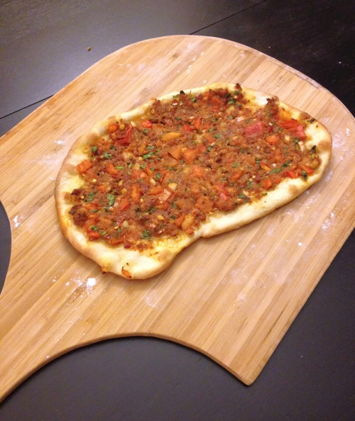 Lahmacun on peel